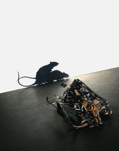 Современное искусство - скульптуры из мусора