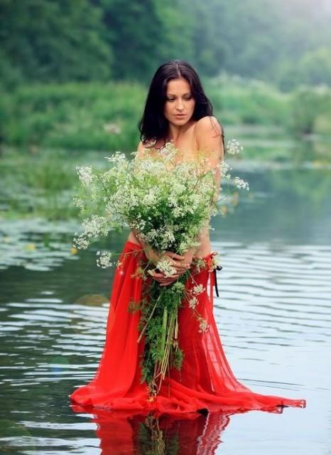 белье может посмотреть красивых девушек цыганок синтетические материалы лучше