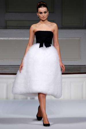 Гардероб наших леді в колекціях fashion дизайнерів - Страница 4 662e24ebc3dc3b0feff2388635d14c37