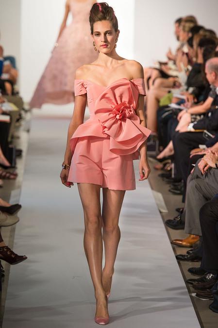 Гардероб наших леді в колекціях fashion дизайнерів - Страница 4 838a050f762d3b87f6756735e00701f5