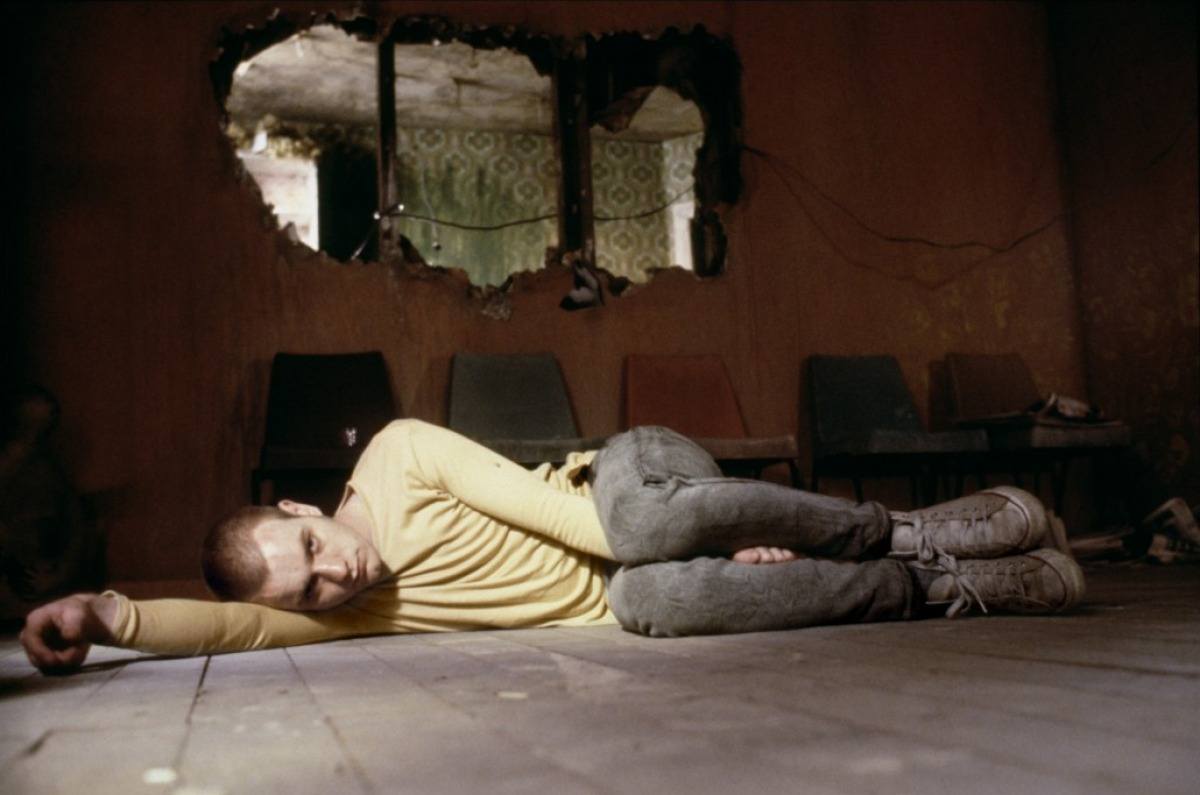does trainspotting glorify heroin and drug