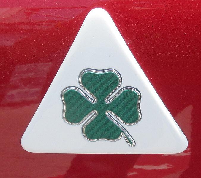 677px-Alfa_Romeo_QV.JPG